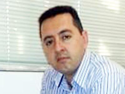 אריאל סמברוב