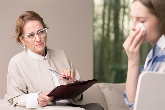הרהורים מחדר הטיפולים: נשים, נשים.