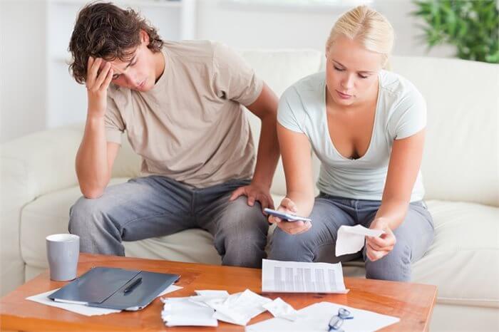באושר, גם אם לא בעושר: כיצד מנהלים נכון את התקציב הביתי?