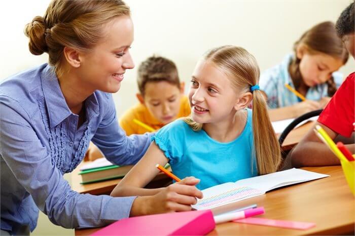 כך תשמרו על קשר טוב עם המורים של ילדיכם