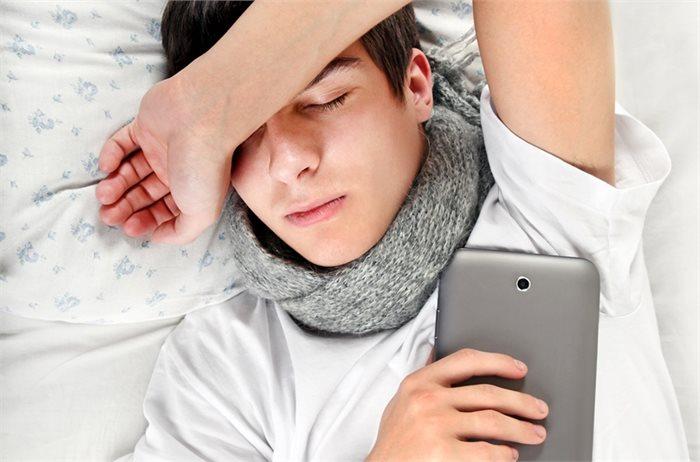 הסוף לשעת אפס: בני נוער שקמים מאוחר מצליחים יותר