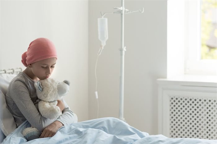 התמודדות עם מחלת הסרטן: שבריריות מטלטלת