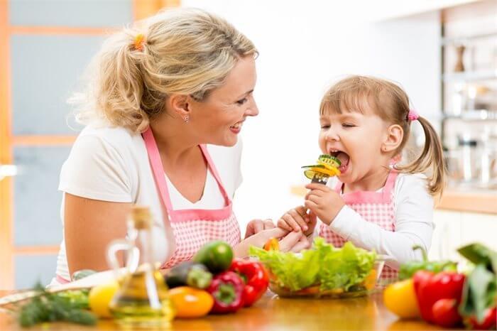 הדרך להורות טובה- אכילה נכונה?
