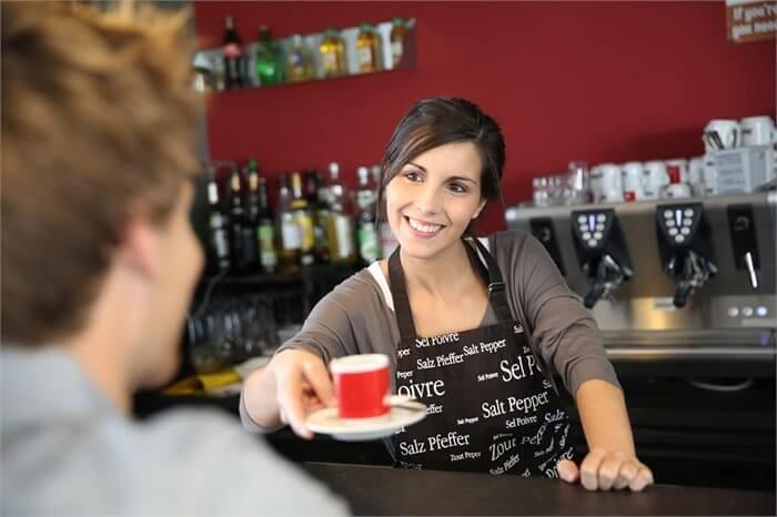 חושבים להפחית את צריכת הקפה שלכם? המאמר הזה ישנה את דעתכם
