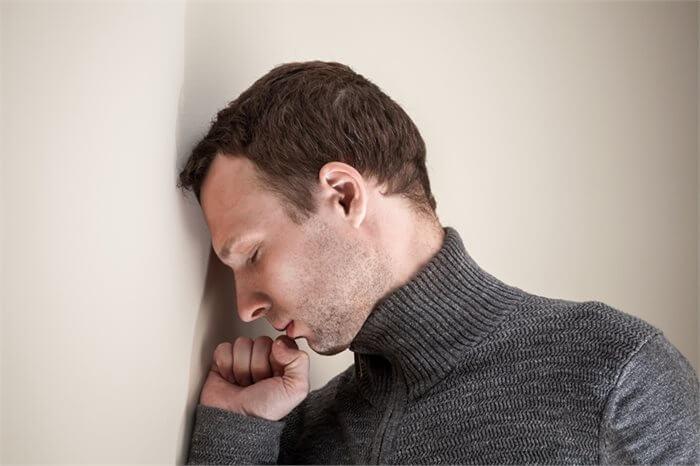 הפרעת חרדה מוכללת: כשדאגה טבעית הופכת לדאגנות