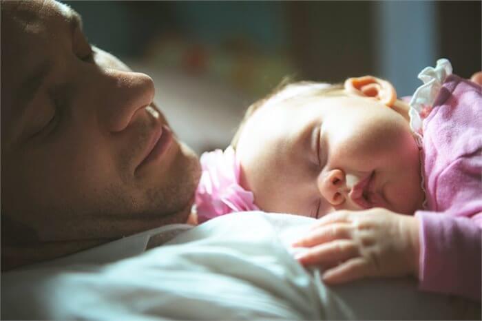 לא רק נשים: דיכאון אחרי לידה של גברים