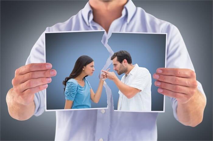 איך בוחרים מגשר לגירושין?