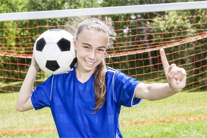 הבנות בכדורגל, הבנים קופצים בחבל: התמודדות עם התנהגות לא תואמת מגדר
