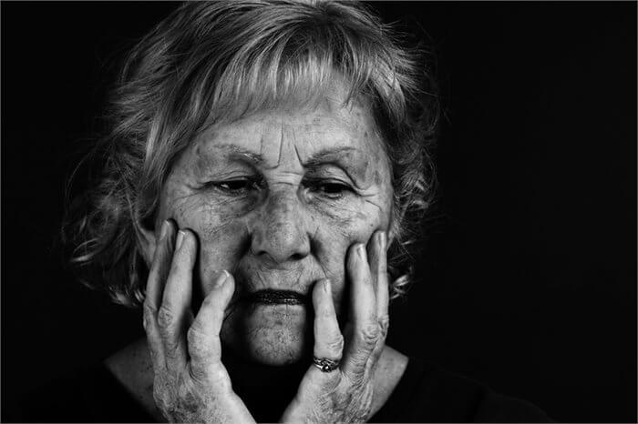 """""""אל תשליכני לעת זקנה"""": כיצד להקל על הטיפול בהורים מזדקנים?"""