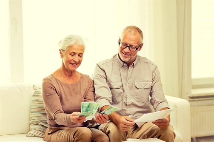 למי תתנו יותר בעת משבר כספי, לבנכם או בתכם? המחקר משיב