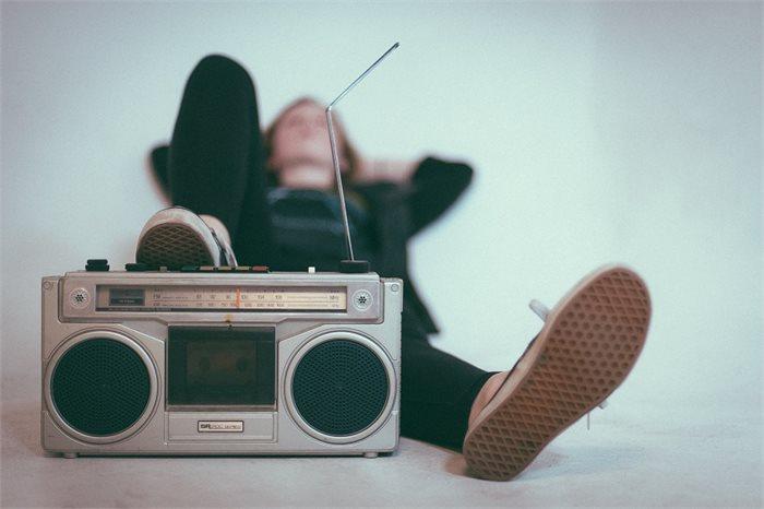 להקשיב למוסיקה של המילים - בטיפול ובחיים