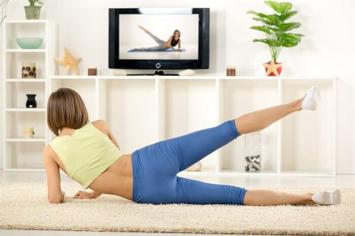 בעולם ללא טלוויזיה, מה היה דימוי הגוף שלך?
