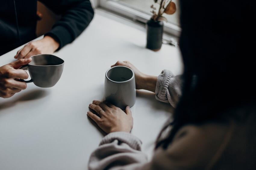 במה שונה שיחה עם פסיכולוג משיחה עם חבר