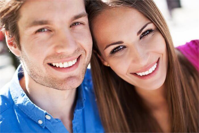 גברים שריריים, נשים נשיות: האם זה באמת הטעם שלנו?