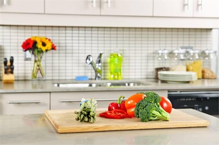 כיצד המטבח שלך קובע את משקלך?